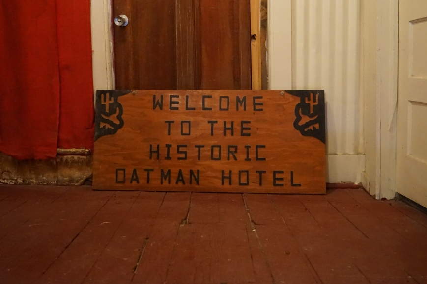 oatman town072